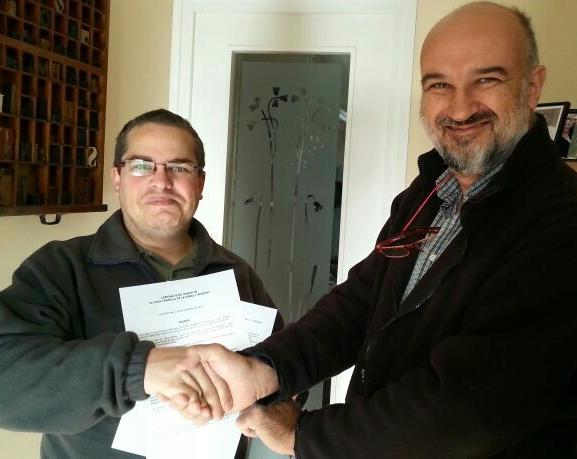 Signatura del conveni de cessió de la Cuca Trapella