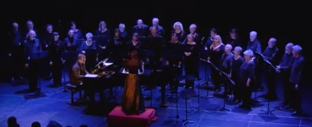 tres tastets del que fou el concert del Quartet Mèlt i la Coral l'Amistat
